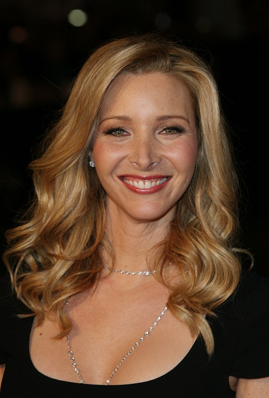 Lisa Kudrow arrives at the premiere of P.S I Love You at the Grauman's Chinese Theatre in Hollywood, Los Angeles.